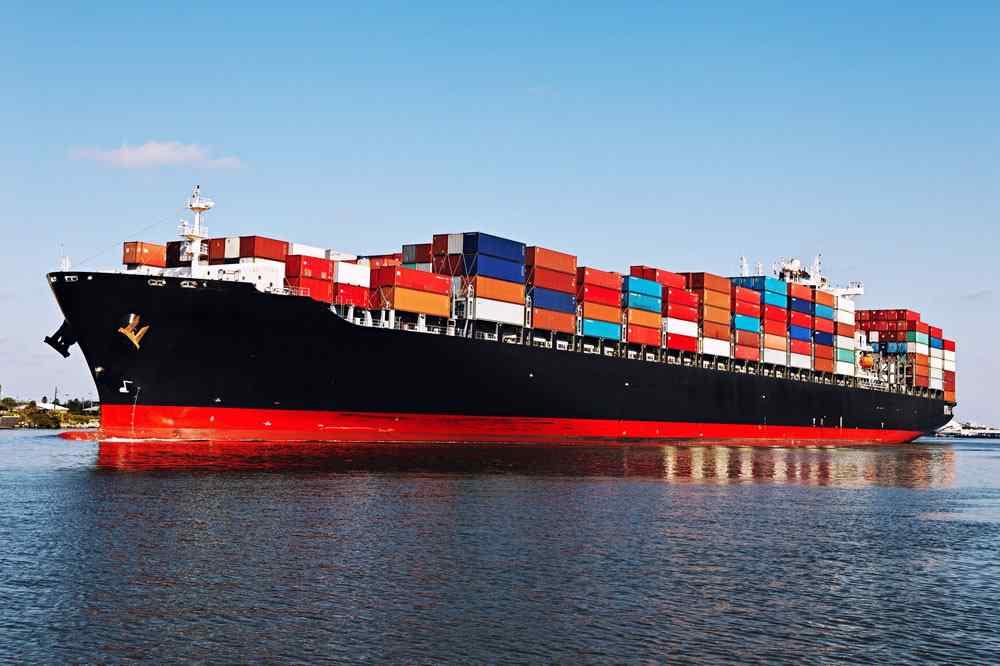 https://cobe-transport-logistics.com/wp-content/uploads/2015/09/shutterstock_266980889.jpg